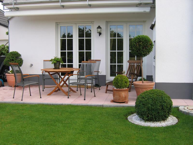 Gartengestaltung frankfurt kronberg k nigstein gr ner leben - Gartengestaltung mit sandstein ...